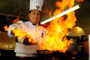 chef-cooking-1383480-638x423